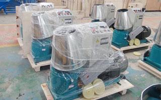 颗粒机使用塑膜包装,防潮湿