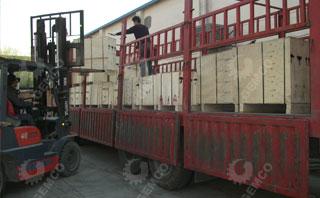 颗粒机装车运输