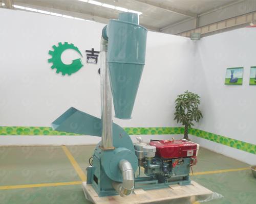420柴油机型粉碎机