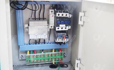 颗粒机电控柜内部图