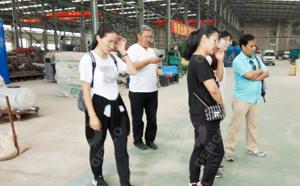 蒙古客户来访颗粒机厂家吉姆克