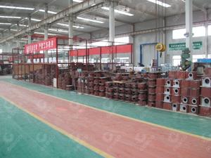 工厂机器毛坯区